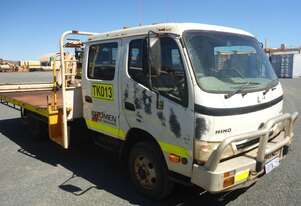 Hino 2007 300L Dual Cab Cab Chassis Truck
