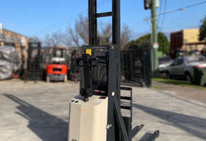 Crown 1T Walkie Stacker with 4.3m lift