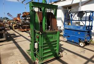 TPW HYDRAULIC SELF PINNING WOOL PRESS