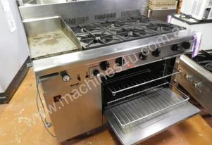 Second Hand Goldstein 6 burner stove with hot plat