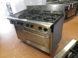 Second Hand Goldstein 6 burner stove with hot plat - picture2' - Click to enlarge