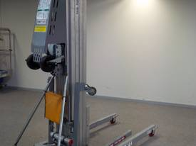 24ft Ductlift for Sale - picture1' - Click to enlarge
