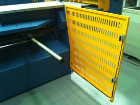 2500mm Guillotine & Panbrake DUAL COMBO DEAL - picture18' - Click to enlarge