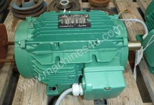 EMERSON 33HP 3 PHASE ELECTRIC MOTOR/ 1450RPM