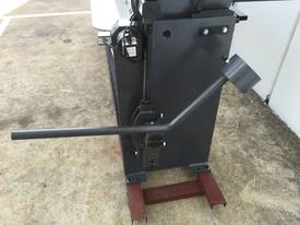 2500mm Guillotine & Panbrake Combo - picture9' - Click to enlarge