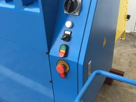 2500mm Guillotine & Panbrake Combo - picture13' - Click to enlarge