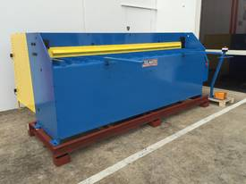 2500mm Guillotine & Panbrake Combo - picture17' - Click to enlarge