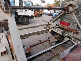3ton telecom , self loader  diesel - picture5' - Click to enlarge