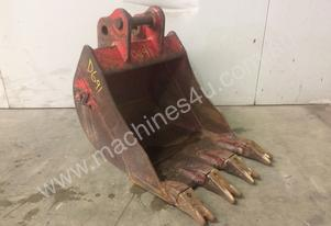 400MM TOOTHED DIGGING BUCKET EXCAVATOR D691