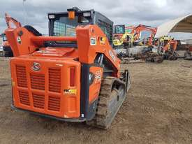 2016 KUBOTA SVL75 TRACK LOADER IN EXCELLENT CONDITION - picture2' - Click to enlarge