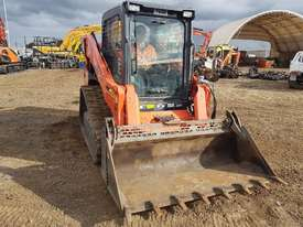 2016 KUBOTA SVL75 TRACK LOADER IN EXCELLENT CONDITION - picture11' - Click to enlarge