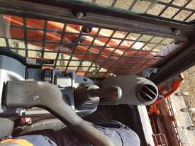 2016 KUBOTA SVL75 TRACK LOADER IN EXCELLENT CONDITION - picture15' - Click to enlarge