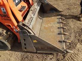 2016 KUBOTA SVL75 TRACK LOADER IN EXCELLENT CONDITION - picture16' - Click to enlarge