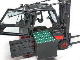 Linde Series 387 E20-E35 Electric Forklifts - picture3' - Click to enlarge