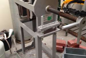 INGOT TROLLEY FOR SILVER ANODES
