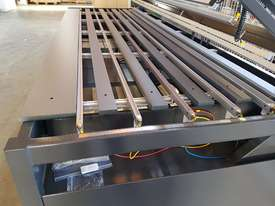 HRP/S300 is the ultimate 3m double-sided Plastic Bending Machine.... - picture3' - Click to enlarge