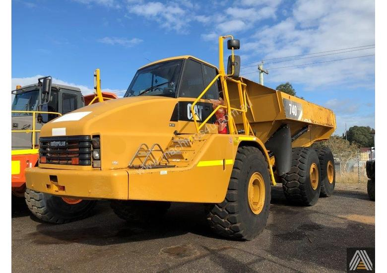2007 CATERPILLAR 740 ARTICULATED DUMP TRUCK