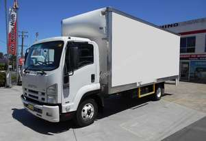 Isuzu 2011   FRR 500 LONG