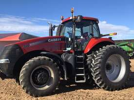 Case IH Magnum 340 FWA/4WD Tractor - picture3' - Click to enlarge