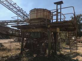VSI CRUSHER BARMAC 9600 - picture0' - Click to enlarge