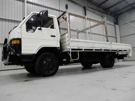 Toyota DYNA Cab chassis Truck - picture0' - Click to enlarge