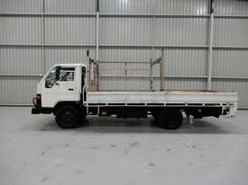 Toyota DYNA Cab chassis Truck - picture1' - Click to enlarge