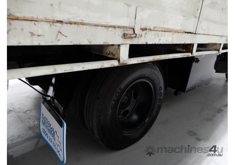 Toyota DYNA Cab chassis Truck