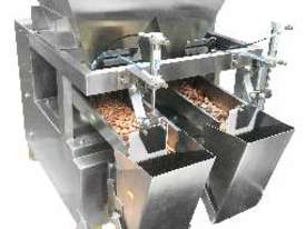 Twin Head Linear Weigher with Stand - picture2' - Click to enlarge