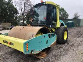 Ammann ASC130 Vibrating Roller Roller/Compacting - picture4' - Click to enlarge