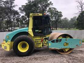 Ammann ASC130 Vibrating Roller Roller/Compacting - picture0' - Click to enlarge