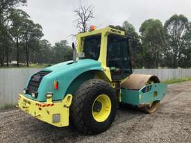 Ammann ASC130 Vibrating Roller Roller/Compacting - picture1' - Click to enlarge