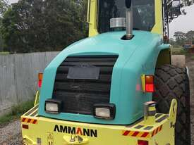 Ammann ASC130 Vibrating Roller Roller/Compacting - picture3' - Click to enlarge