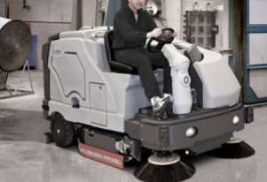 Nilfisk SC8000 Ride On LPG Scrubber Dryer
