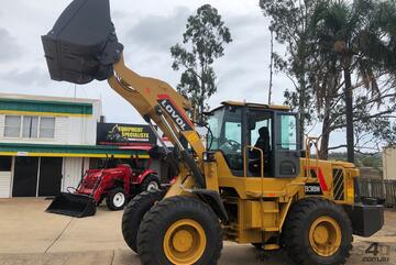 LOVOL 938H Wheel loader 4T Lift 154HP