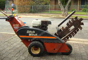 1030H Ditch Witch Pedestrian Walk Behind Trencher
