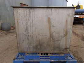 stainless steel tank - picture0' - Click to enlarge