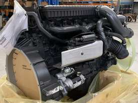 Mercedes-Benz OM906LA 275HP (205kW) Diesel Engine  - picture3' - Click to enlarge