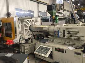 Kawaguchi KM450C Injection Moulding Machine - picture0' - Click to enlarge