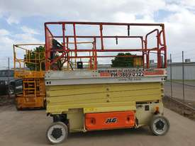 Heavy reduction - 32ft JLG Electric scissor lift - 10 metres - picture0' - Click to enlarge