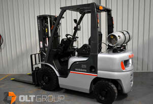 Nissan PL0 2.5 Tonne Forklift Container Mast LPG Sideshift 4300mm Lift Height