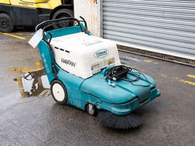 TENNANT 3640 Sweeper - picture0' - Click to enlarge