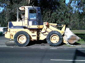 WA-120 series1 loader , 11,000 hrs , ac cabin , GP bucket , good pins and bushes - picture0' - Click to enlarge
