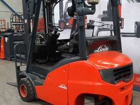 Used Forklift:  H20D Genuine Preowned Linde 2t - picture0' - Click to enlarge