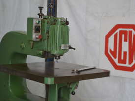 Heavy duty overhead router - picture2' - Click to enlarge
