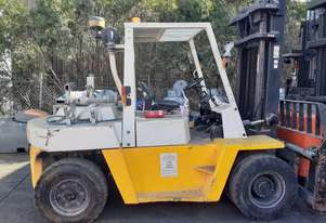 6 TON NISSAN FORKLIFT FOR SALE 2M WIDE CARRIAGE 3.7M LIFT HEIGHT DUAL AIR TYRE SIDE SHIFT 2000 MODEL