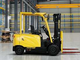 J2.5UT 2500kg Lithium Electric Forklift - picture2' - Click to enlarge
