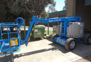 2011 Genie Z34/22IC - 4 Wheel Drive Diesel Knuckle Boom - 10 YT