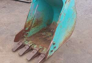 Used 5 Tonne, 600mm GP Bucket. In good used condition 6 month warranty