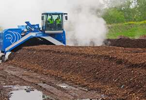 BACKHUS A55 Windrow Turner
