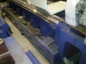 Big Bore Manual Lathe 38 Series - picture9' - Click to enlarge